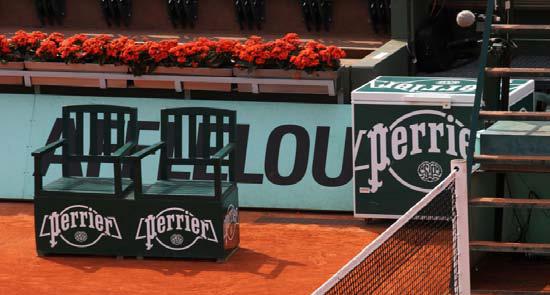 Perrier et roland garros c l brent 35 ans de partenariat for Chaise arbitre tennis occasion