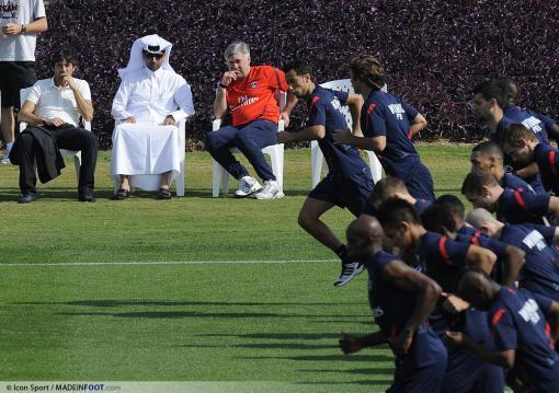 carlo-ancelotti---leonardo---nasser-al-khelaifi-02-01-2012-entrainement-paris-saint-germain-complexe-sportif-aspire-doha-qatar-20120102144242-9376