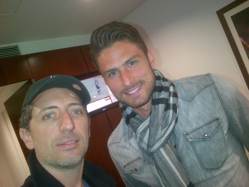 Olivier Giroud gad elmaleh Arsenal twitter