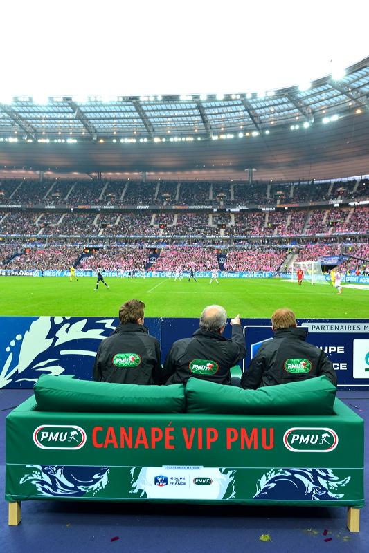 PMU canapé VIP stade de france