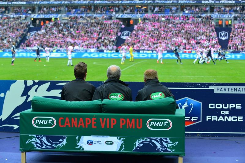 canapé VIP PMU coupe de france 2013 stade de france bordeaux evian