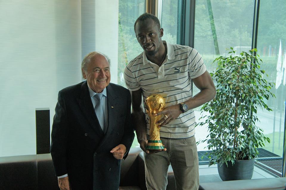 Usain Bolt FIFA zurich sepp blatter trophée de la Coupe du Monde